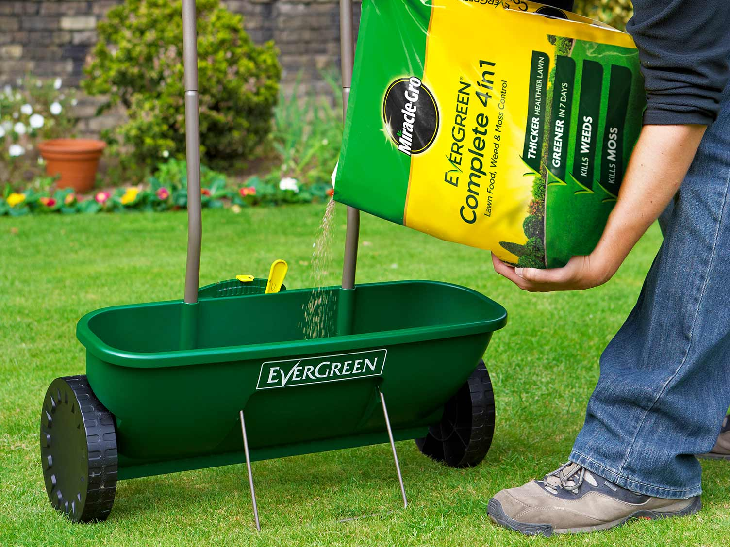 Miracle-Gro EverGreen Complete 4 in 1 with a lawn spreader