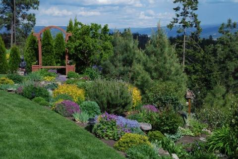 Conseil Pour Amenager Un Jardin En Pente Mon Jardin Blog La