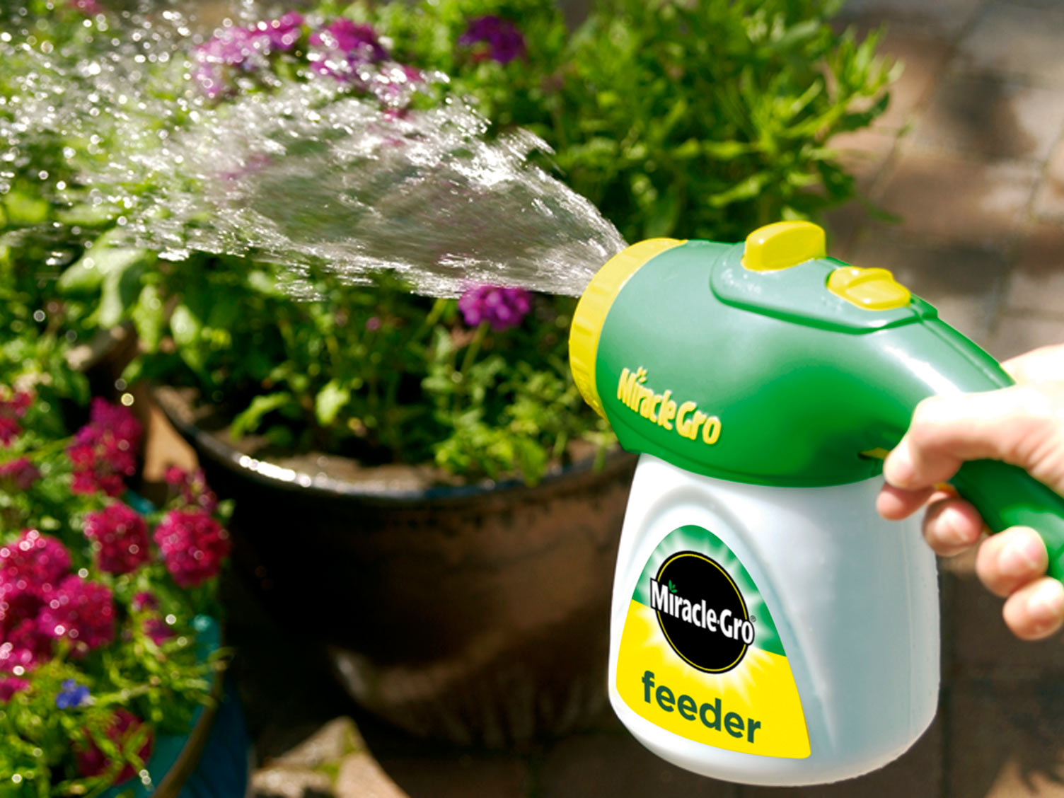 Miracle-Gro Feeder unit in use