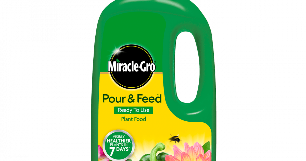 Miracle-Gro® Pour & Feed™ Ready to Use Plant Food